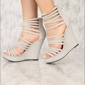 NIB Gray faux suede strappy wedge sandal